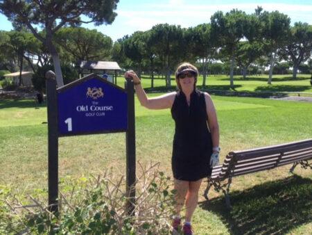 Susan Stearns golfing